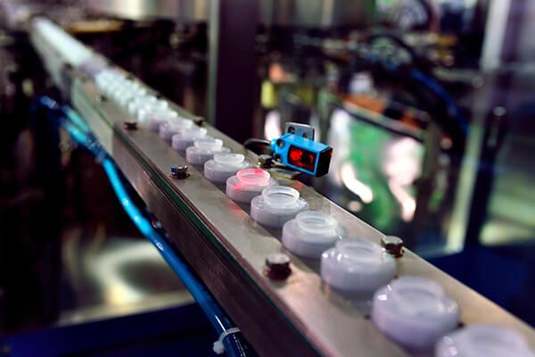 Instrumentation & Metering - Sensor in the Production Line